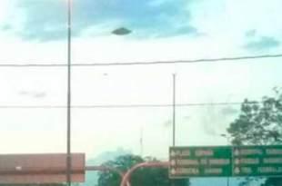 Il a vu un OVNI survoler le ciel de Córdoba