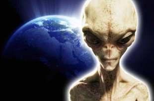 Si nous ne changeons pas, les extraterrestres vont nous éliminer