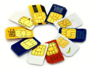 Economizar com celular e internet no exterior: chips locais