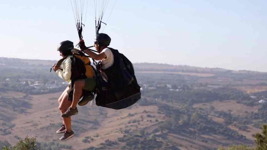 Qué esperar de un vuelo en parapente parapente Qué puedes esperar… si quieres volar en parapente VueloParapente2