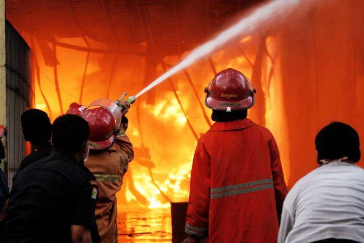 gambar bencana alam Kebakaran