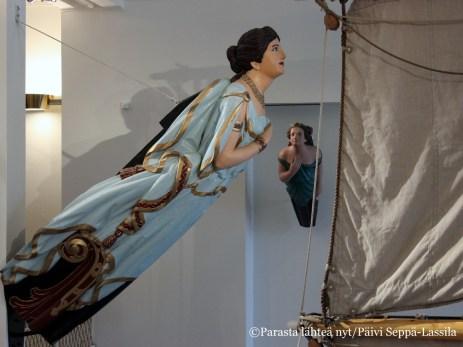 Pommernin keulakuva esittää Mnemeä, muistin jumalatarta.