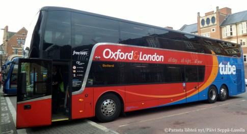 Lontoo-Oxford-matka sujuu mukavasti bussilla.