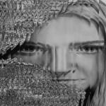 Valentina Baggi (classe 1994 - Accademia di Belle Arti di Urbino), Ritratto a strisce,grafite e carboncino su carta intelaiata, 70x100, 2015