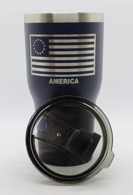 30 oz 13 Colonies Flag lid off