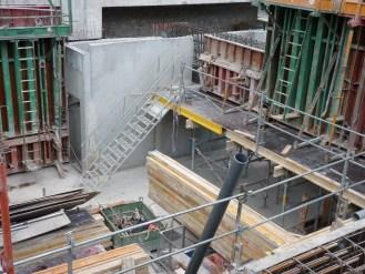 Entrée de la cage d'escalier au 1er niveau de sous-sol