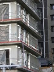 Pattes de fixation du bardage, façade Est