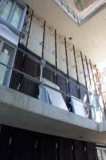 Installation du bardage dans les failles