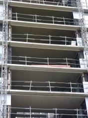 """Peinture des """"plafonds"""" des terrasses, faille entre les bâtiments B & C"""