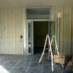 Entrée des bâtiments A & B : porte intérieure