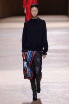 Collection femme de prêt-à-porter pour Hermès 2015-2016 - Photos: Imaxtree