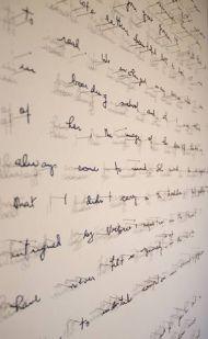 Des mots de papier aux murs, Annie Vought - Photo Pinterest