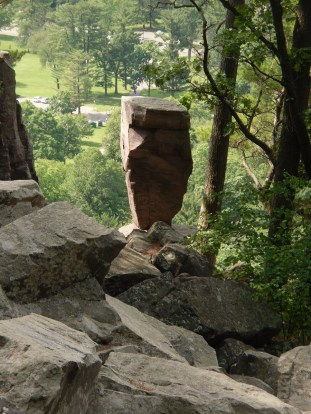 Balanced rock2