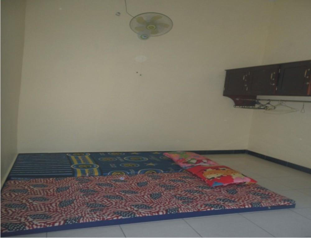 Ruang Kamar Tipe Eksklusif Pare-Dise Girl's Camp