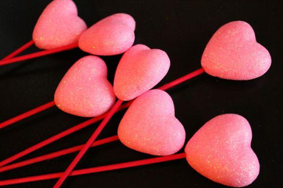 Valentine's Day Wreath | Parental Perspective