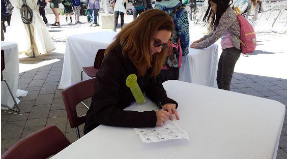 Caroline Fernandez author signing