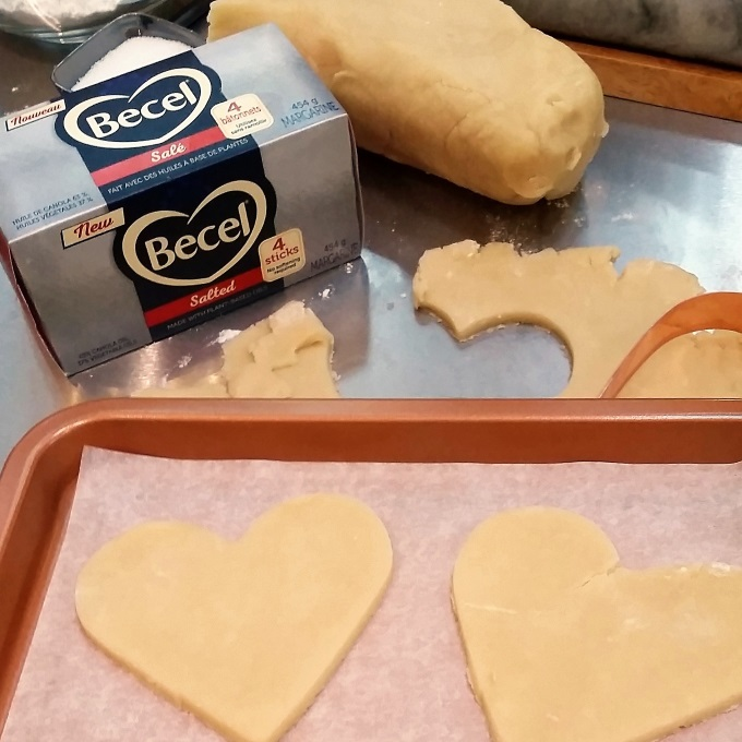 Holiday Baking With NEW Becel Sticks via www.parentclub.ca