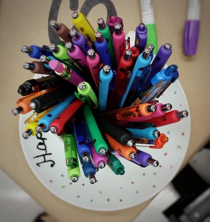 5 Great Tips For Back To School via www.parentclub.ca, pens, school
