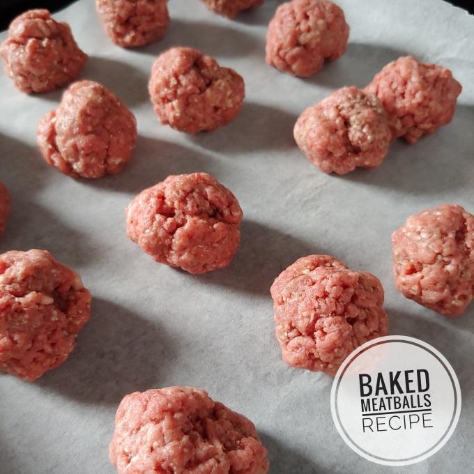 Baked meatballs recipe via www.parentclub.ca