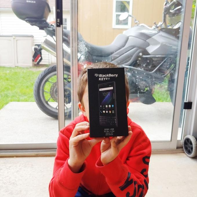 blackberry key2 review via www.parentclub.ca