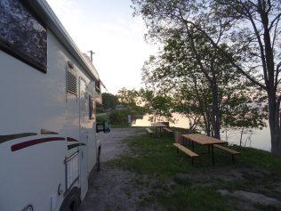 Bivouac sur les Grands lacs au Canada