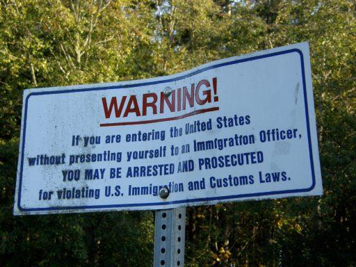 Panneau d'avertissement aux douanes us