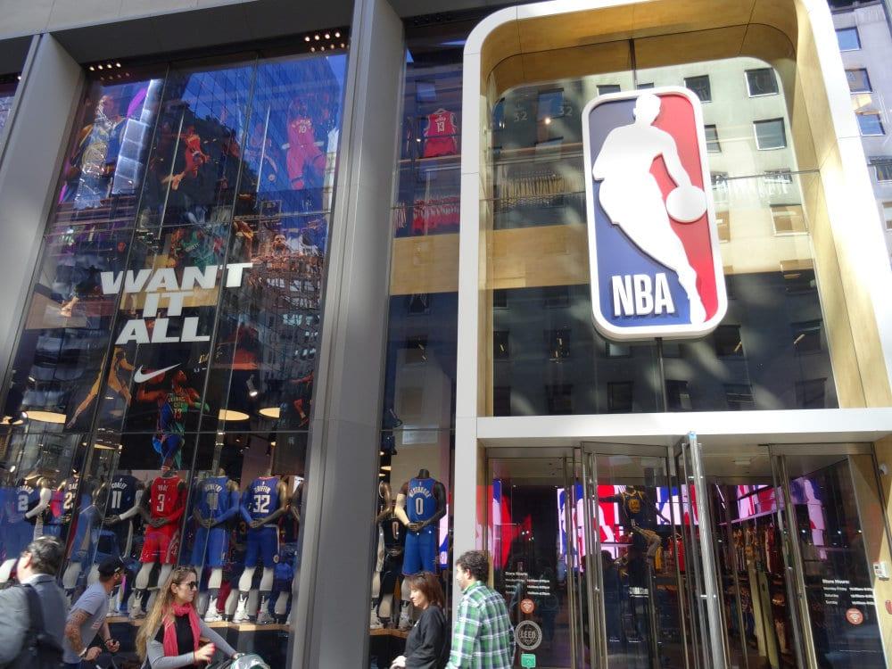 Le NBA store, pour les fans de basket US