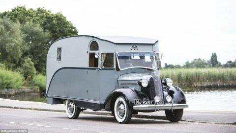 Le premier camping-car anglais roule encore