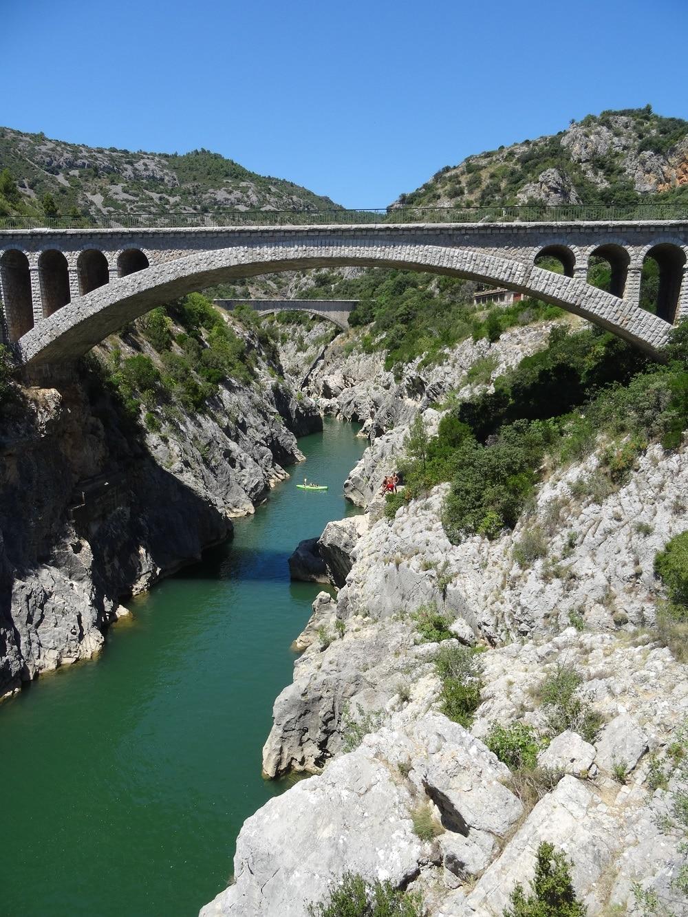 Les gorges de l'Hérault vues depuis le pont du Diable - Visite en camping-car