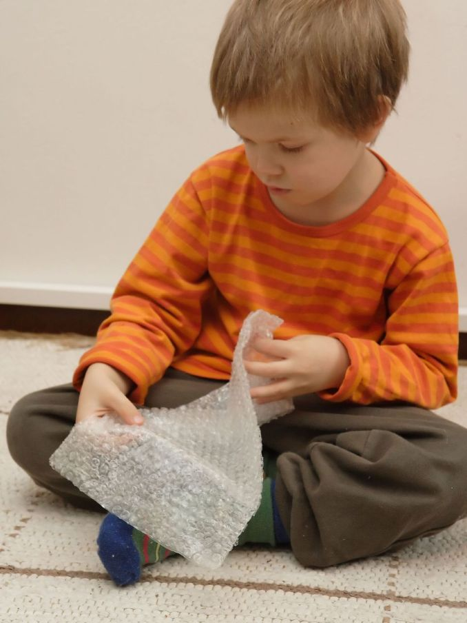 Bubble wrap play toddlers