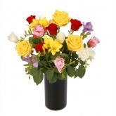 buchet-vesel-din-trandafiri-si-frezii-2c1pendfi5