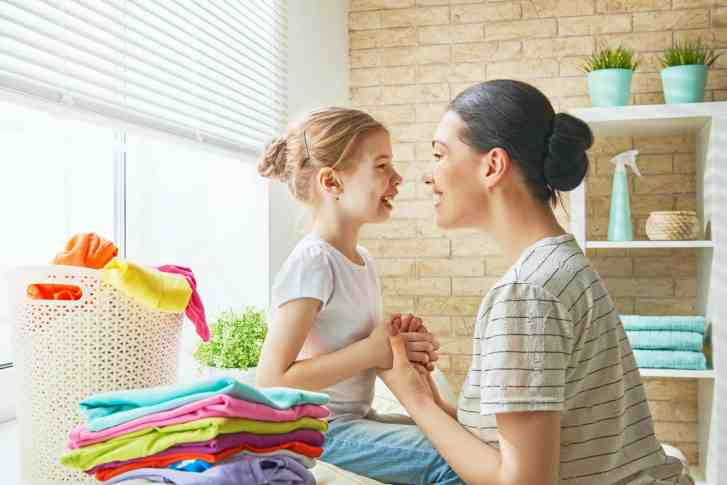 Negative language impacts our children. Find more effective positive parenting alternatives to these phrases. These positive parenting strategies are perfect for parenting toddlers and preschoolers. Authoritarian parenting, #attachmentparenting, #positivediscipline #parentingtips #authoritarianparenting #authoratativeparenting