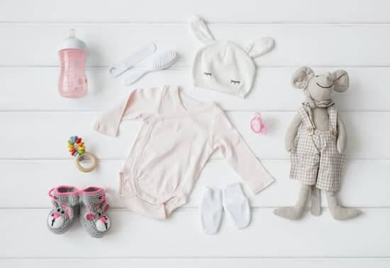 parentinglately/ newborn essentials