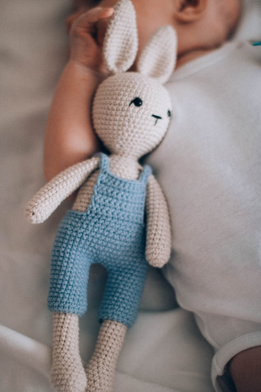 stuffed dols/crafts that make money