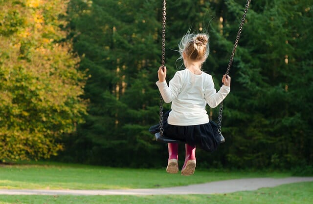 Benefits of Swinging for Child