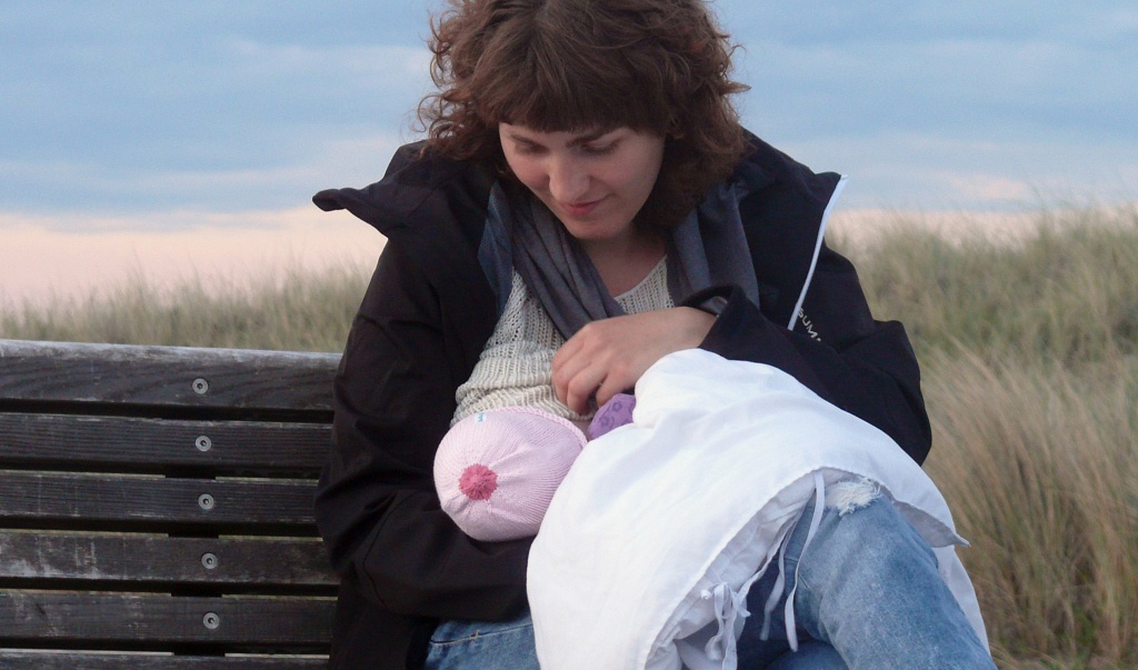 Does The UK Support Breastfeeding? Q&A With Dr Ruth Stirton