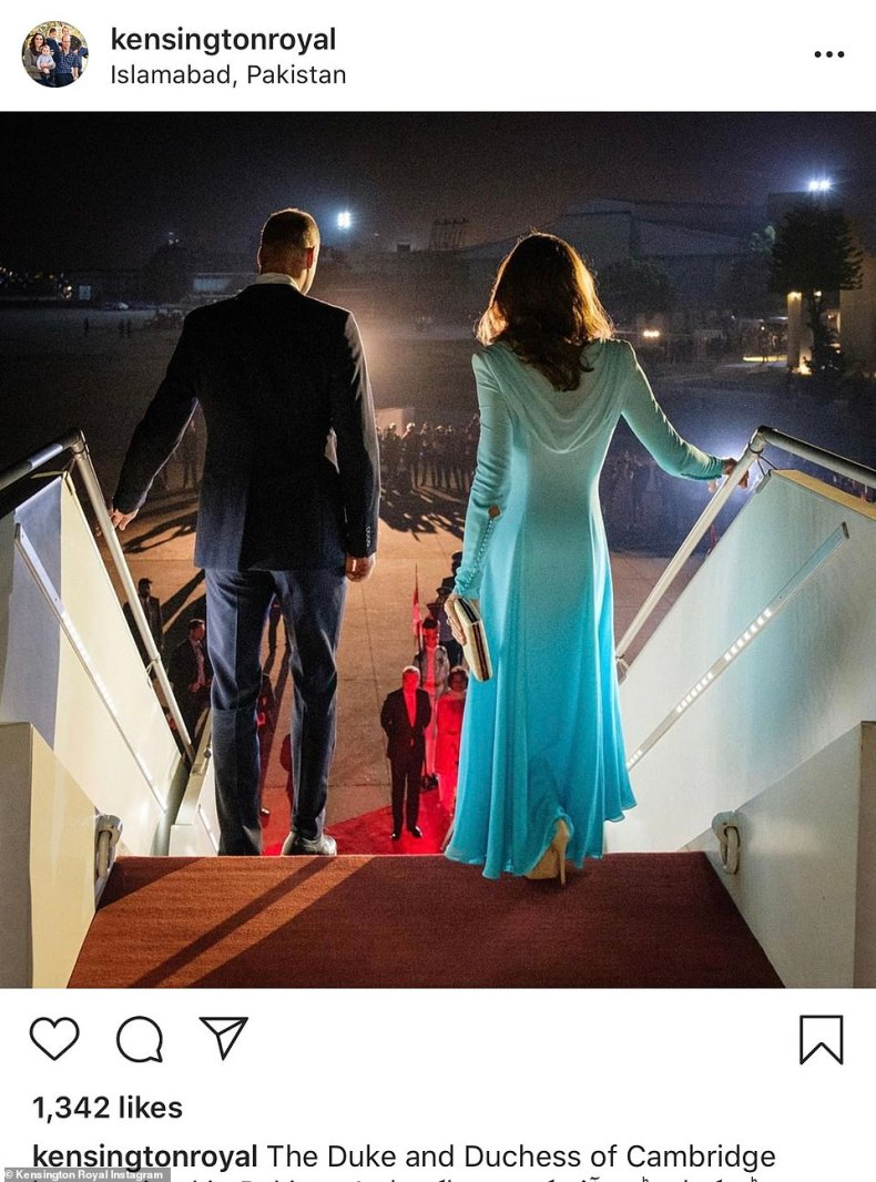 The Kensington Royal Instagram released this picture of theDuke and Duchess of Cambridge arriving in Pakistan last night and it immediately had thousands of likes
