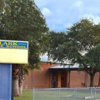Teacher aide arrested for threats to Laredo's Clark Middle School | #teacher | #children | #kids