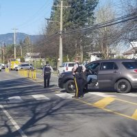 Heavy Chilliwack RCMP presence at townhouse complex across from Watson elementary school – Chilliwack Progress | #schoolshooting