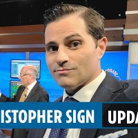 Christopher Sign death updates - Trolls spread 'Clinton crime syndicate' nonsense conspiracy after ABC anchor found dead | #College. | #Students