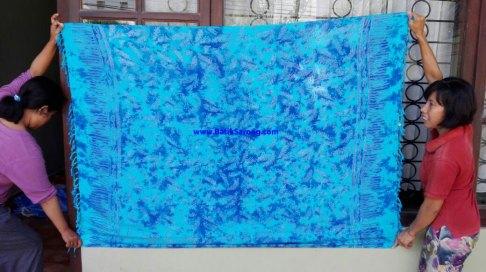 sarong521-28-sarongs-from-indonesia