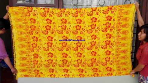 sarong521-29-sarongs-from-indonesia