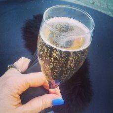1paris_champagnene
