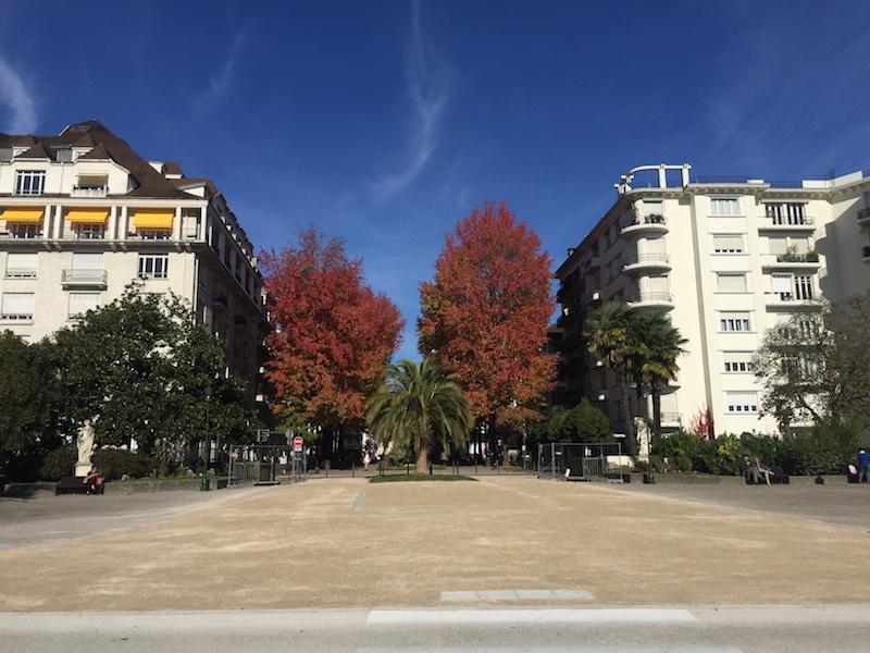 visiter Pau square george v