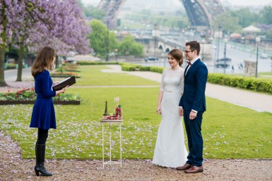 ceremony eiffel tower