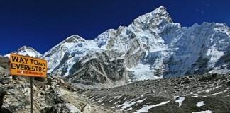 L'Everest c'est par là (photo issue du Blog Thib in S'pore)