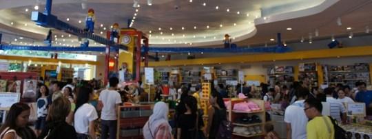 Le plus grand magasin de Lego d'Asie à Legoland Malaisie