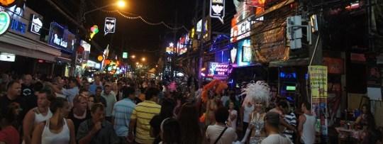 Patong à Phuket la nuit, vous ne serez pas seuls...