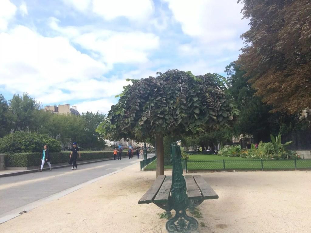 Zwiedzanie Paryża samemu-3-1JPG