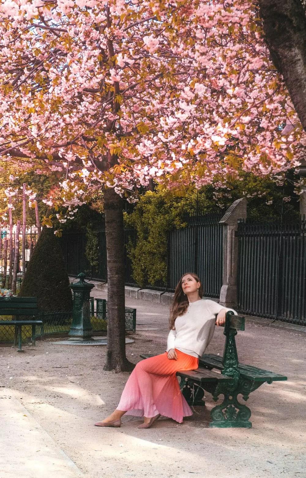 najpiekniejsze miejsca w paryzu na wiosne